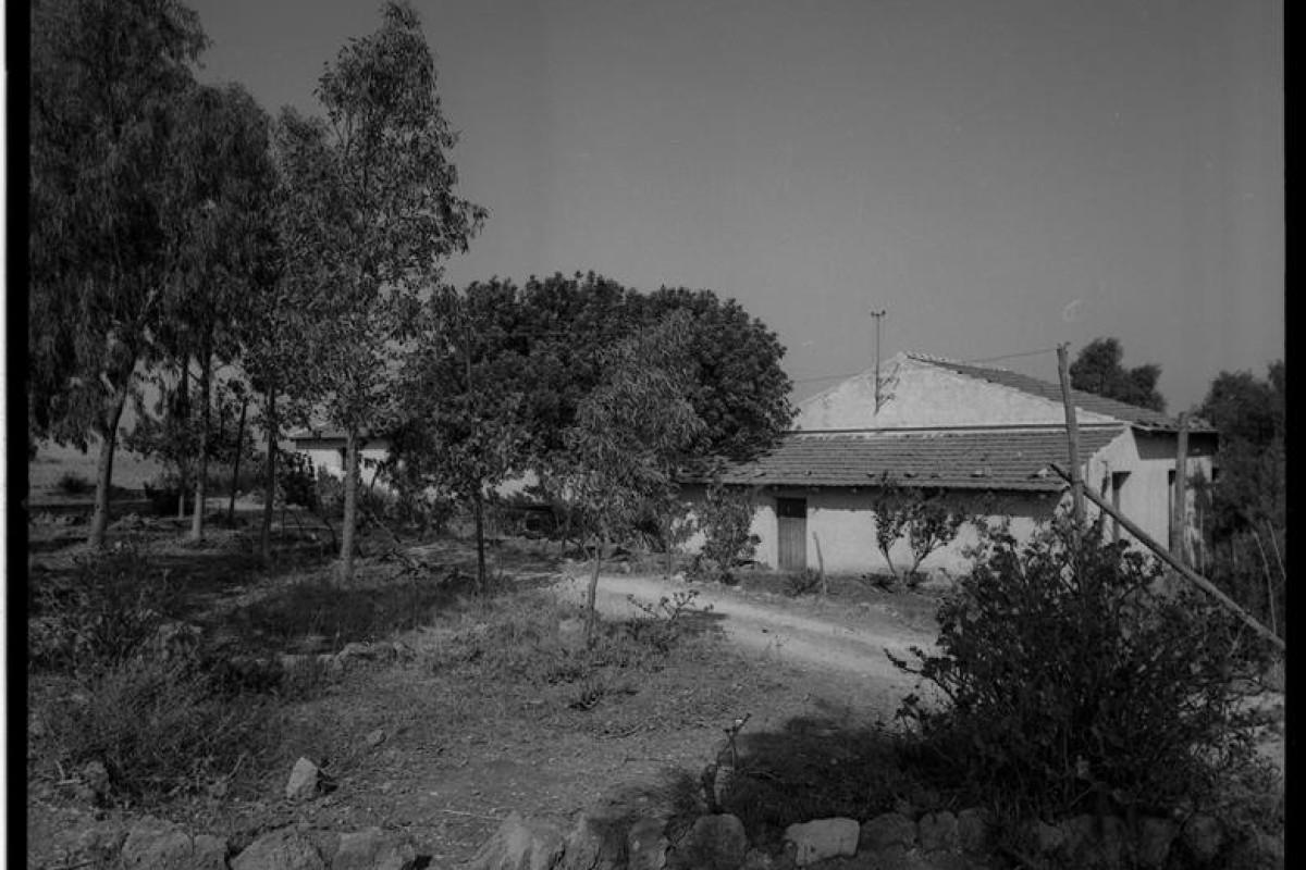 1967-08-00 Trappeto, il terreno del Centro Studi 47 (Copy)