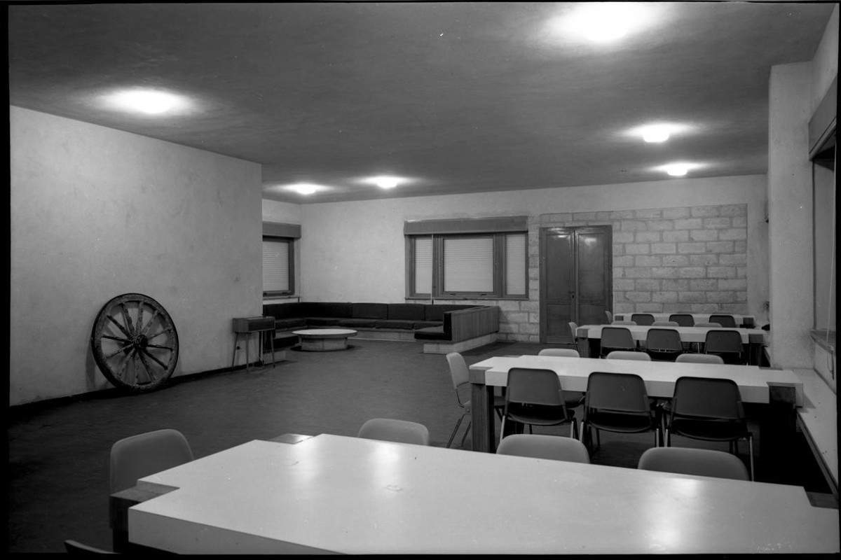 1969-09-00 Trappeto, Borgo di notte 003 (Copy)